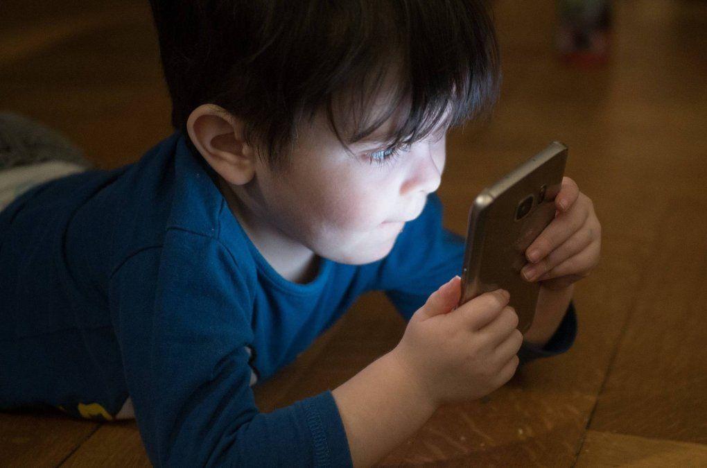La permanencia de los chicos frente a las pantallas en tiempos de pandemia