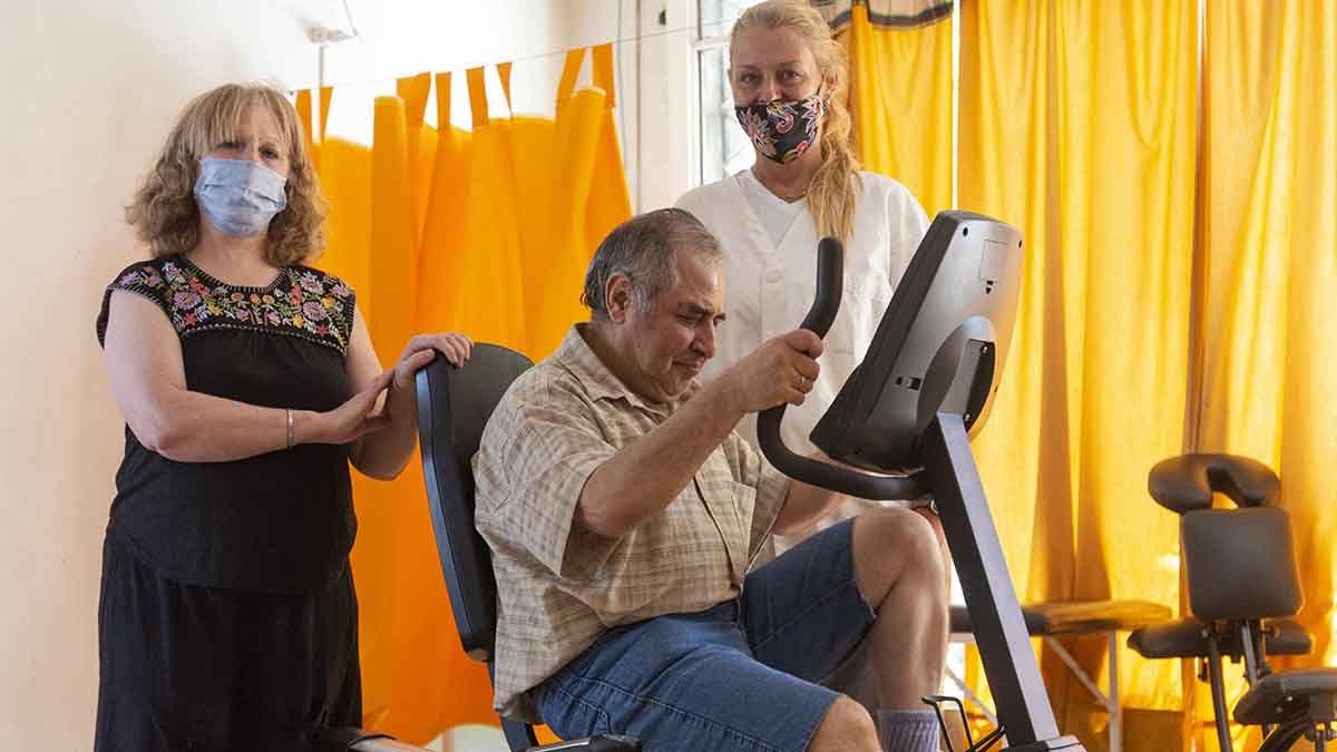 Vendimia Solidaria entregó una bicicleta fija al hogar Ali Jalif