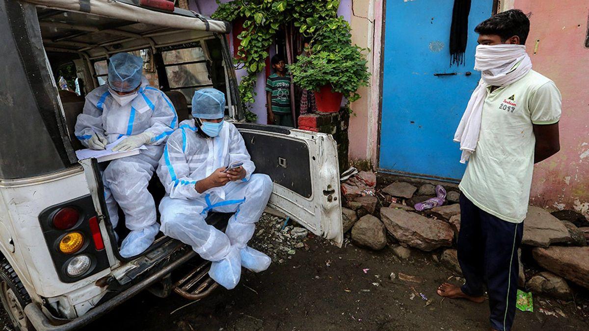 Los casos de coronavirus aumentan en el interior de la India.
