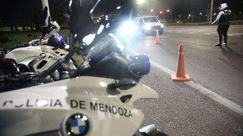 Un joven motociclista chocó de atrás a un rastrojero y murió en el Acceso Sur