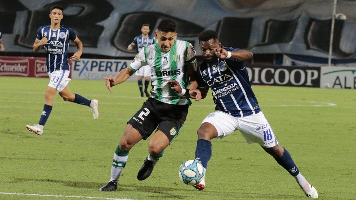 El Morro García en uno de sus útlimos partidos con la camisetas del Tomba.