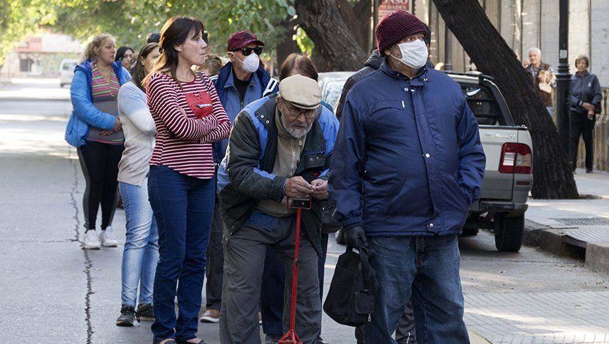 Todos los bancos tendrán que pagar las jubilaciones y las asignaciones familiares