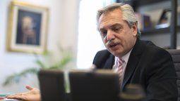 Alberto firmó el decreto que crea el Consejo Consultivo donde invitan a Omar Palermo
