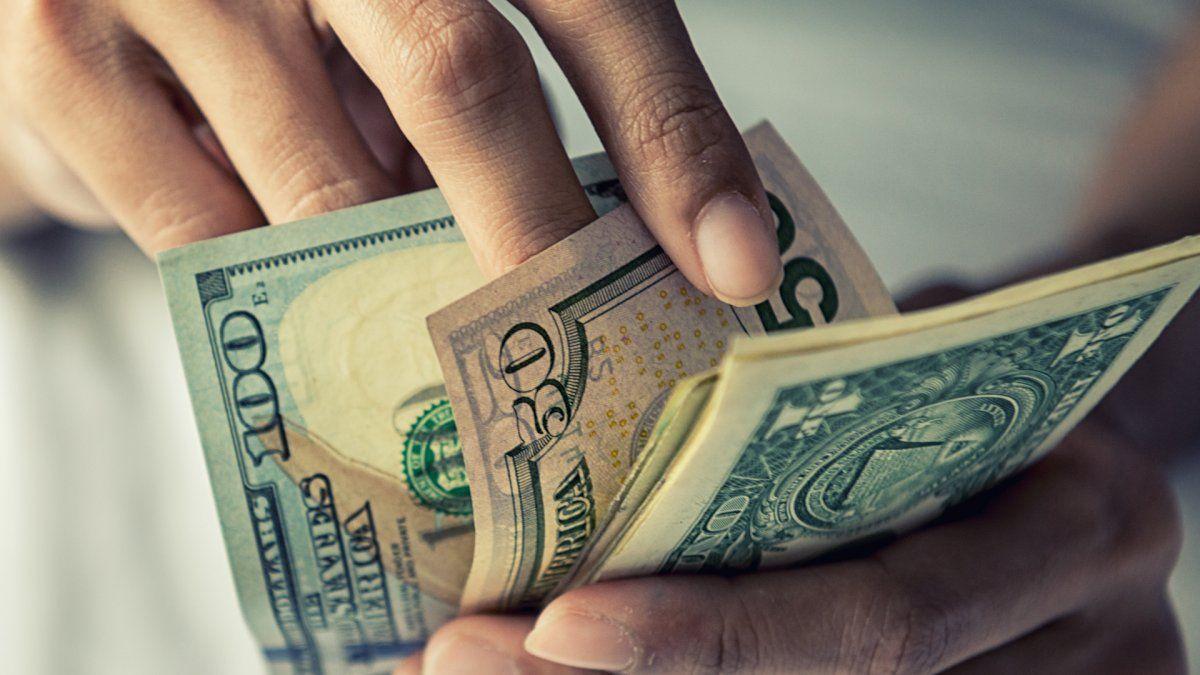 Dólares: claves para saber si puedo comprar o no