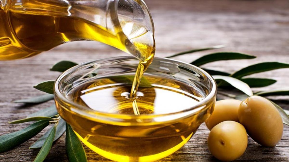 El Gobierno invitó a 800 empresas a participar de la licitación de aceite para asistencia social pero sólo se presentaron dos y con precios altos.