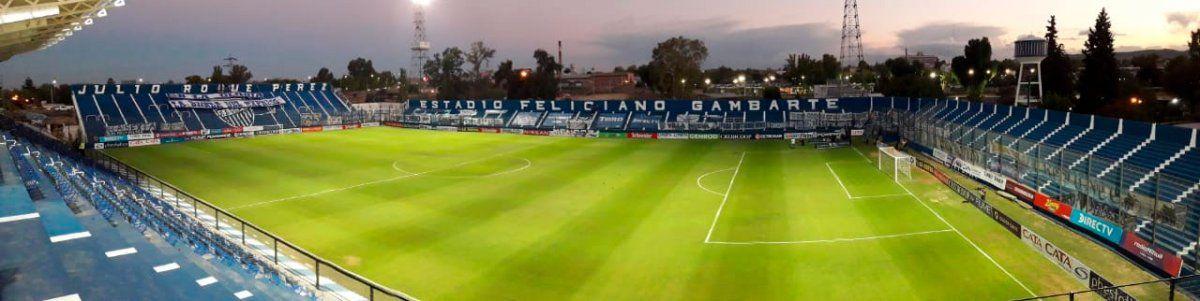 El Feliciano Gambarte estrenó su nueva iluminaria