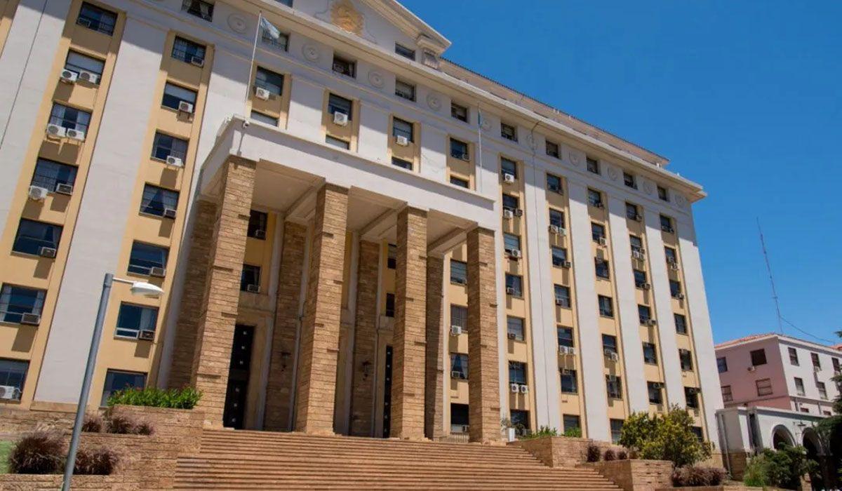 Cuándo cobran y cómo se calcula el aguinaldo 2021 de los estatales de Mendoza