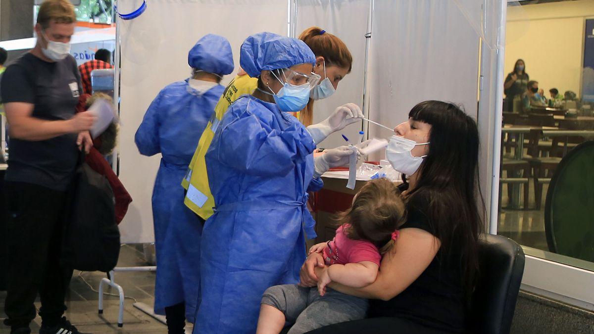 Fuerte aumento de casos de coronavirus en Argentina en las últimas 24 horas.