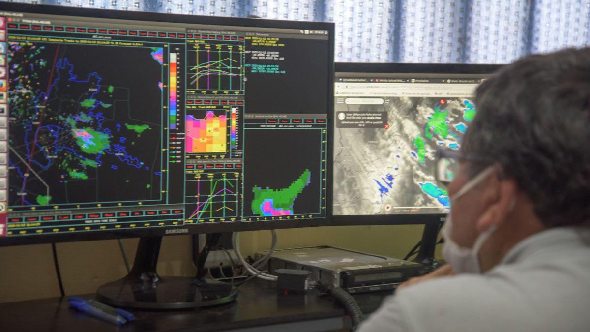 Una tormenta de granizo afectó en la tarde de este jueves el oeste del Gran Mendoza. Ciudad y Las Heras fueron los más fectados.