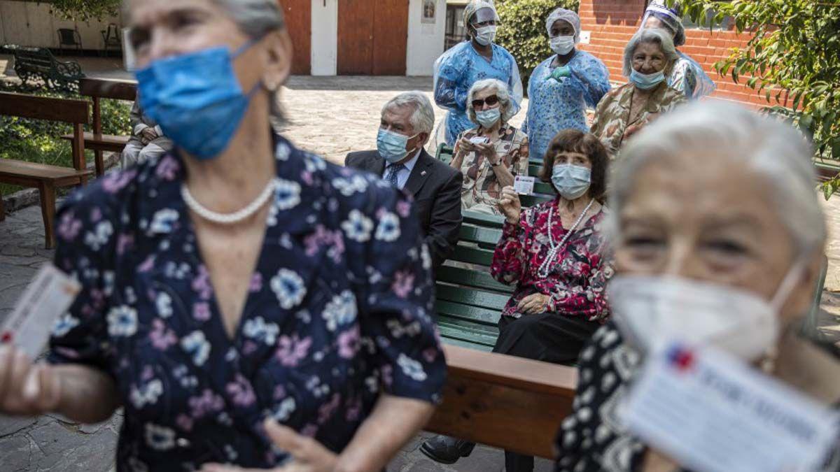 La vacunación en Chile avanza notablemente.