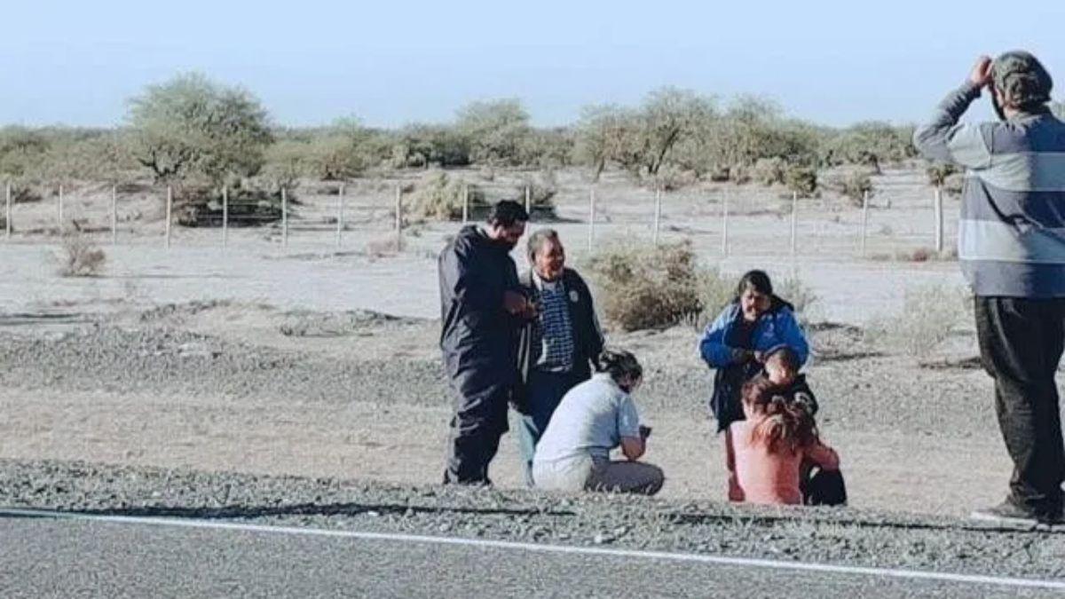 La familia fue asistida primero por un enfermero que viajaba por la misma ruta