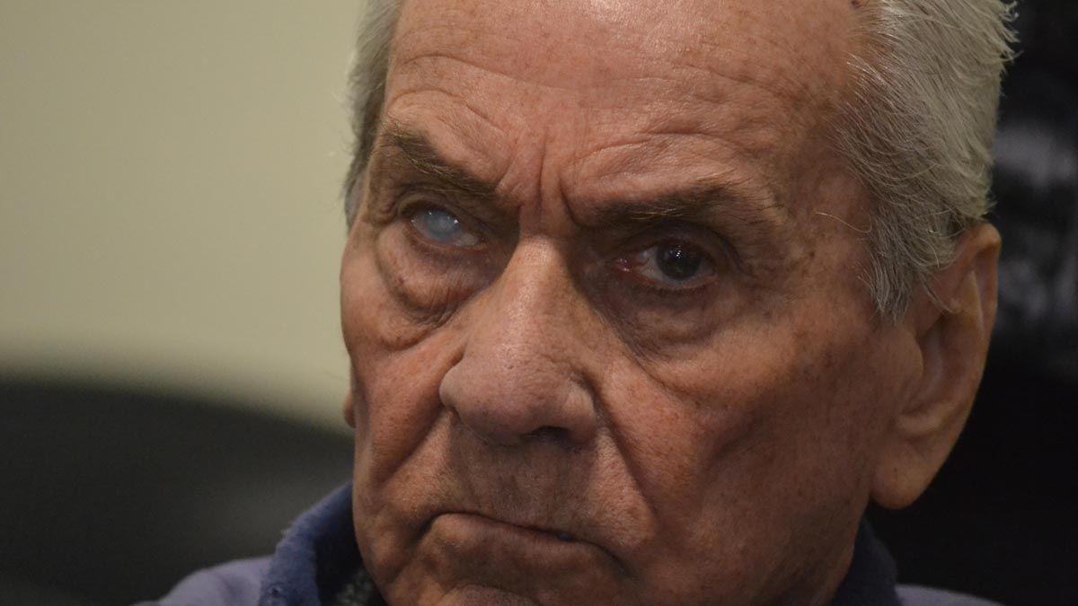 El cura Corradi tiene 84 años y cumple condena a 42 años de prisión por abusos sexuales en Mendoza.