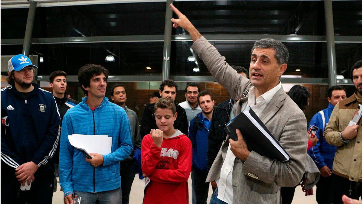 José Mansur es cuestionado por algunos hinchas del Tomba.