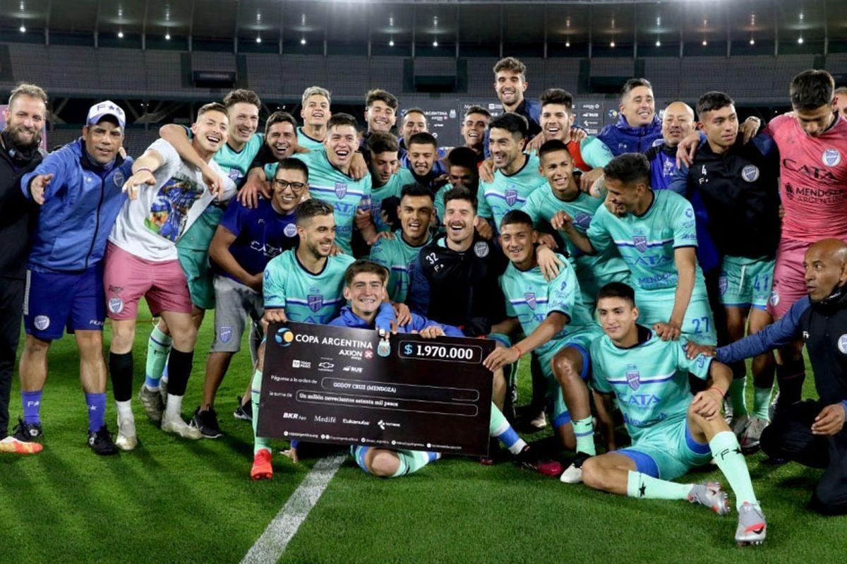 Godoy Cruz avanzó a una nueva fase de la Copa Argentina