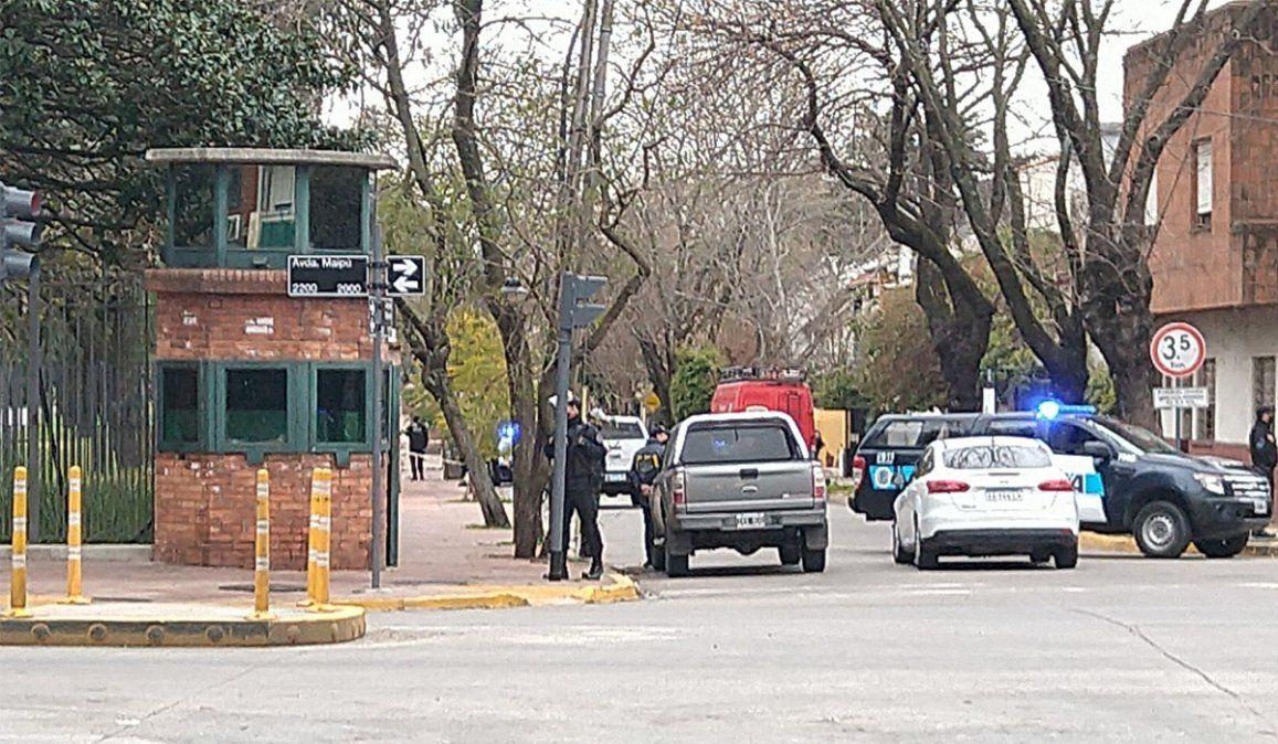 El custodio presidencial se dirigía a Olivos cuando fue atacado por ladrones en Merlo.