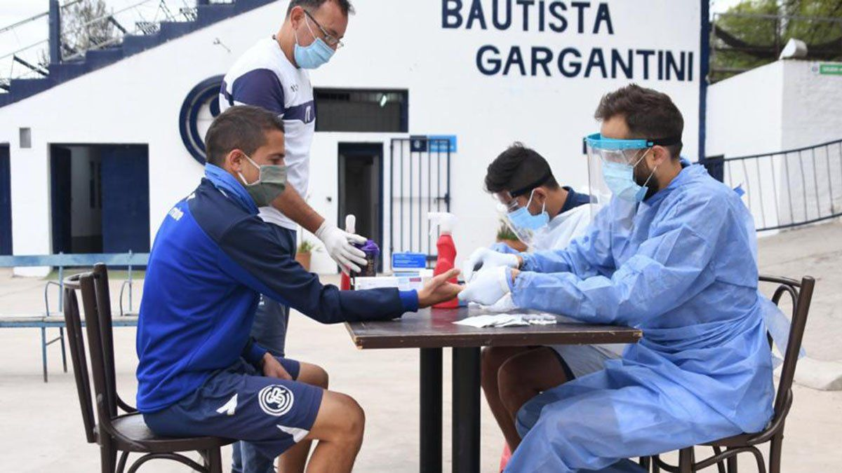 Se detectaron tres jugadores con coronavirus. Foto: Prensa Independiente Rivadavia