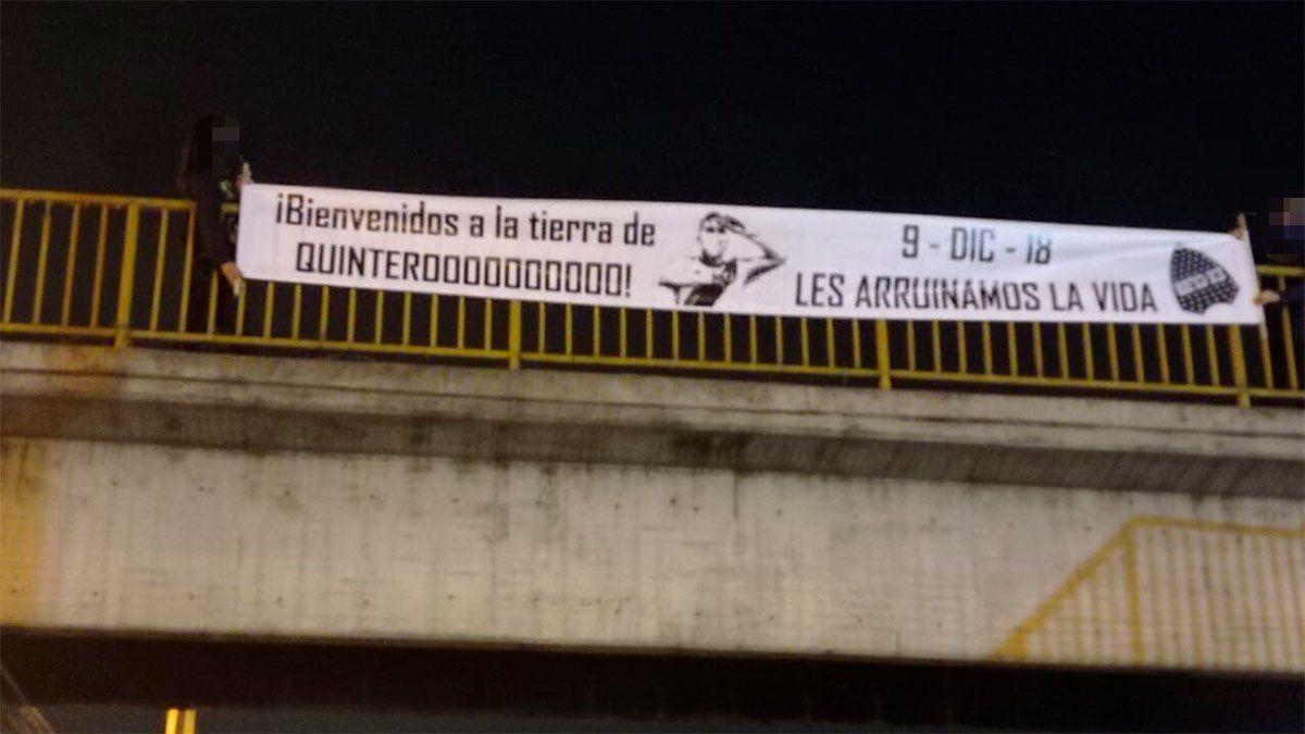 En Colombia también hubo pasacalles en contra de Boca.