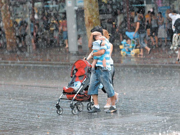 Se esperan tormentas fuertes el sábado y un domingo frío.