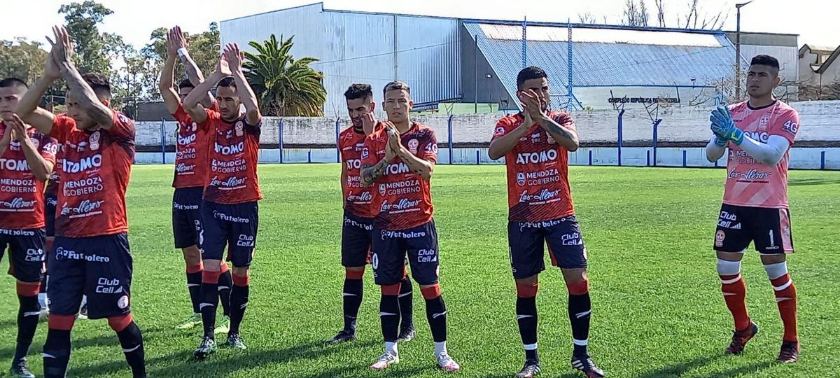 Huracán Las Heras cayó ante Ciudad de Bolívar y hace 4 partidos que no gana en el Torneo Federal A.