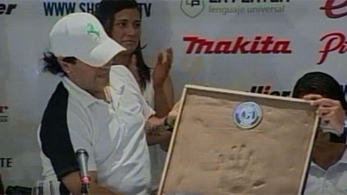 El día que Maradona estampó la Mano de Dios en Mendoza
