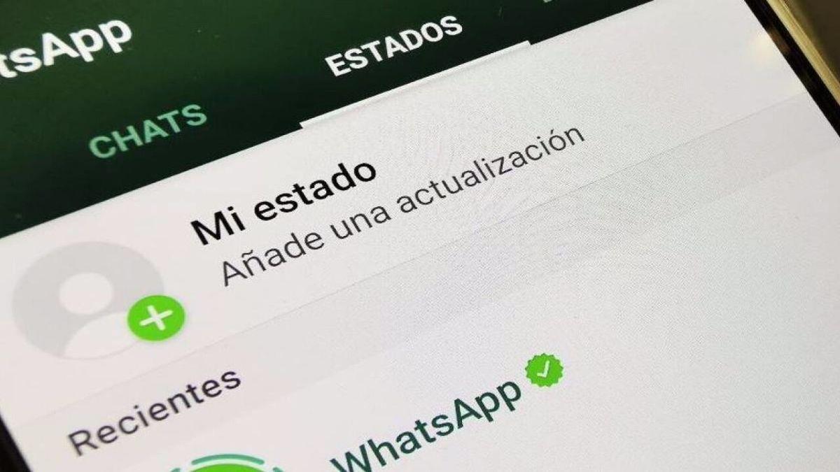 Tecnología. WhatsApp: así se ven los estados en las historias nuevas.