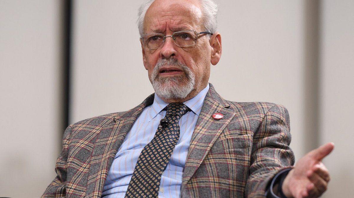 El periodista Horacio Verbitsky reveló cómo consiguió la vacuna contra el coronavirus. Se contactó con el ministro de Salud