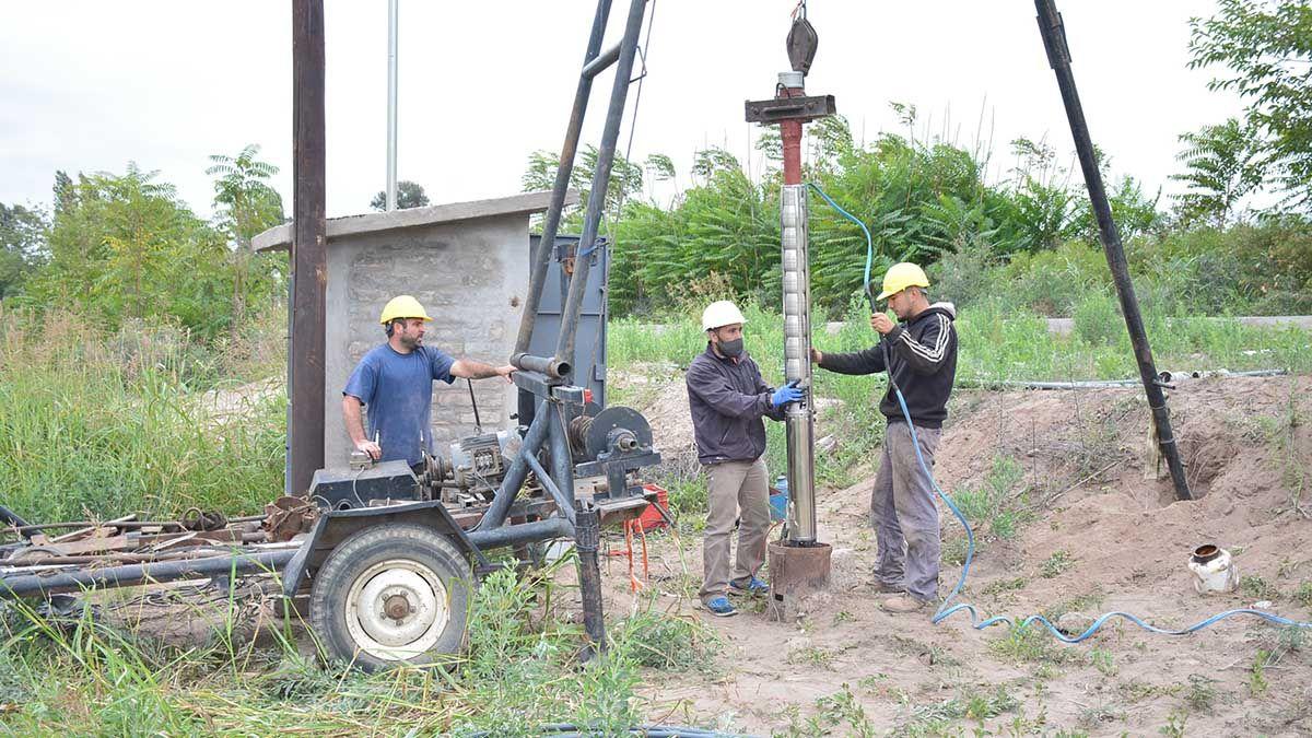 Mejoras en el servicio de agua potable a vecinos de Los Campamentos