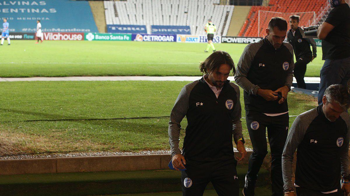 Diego Martínez se fue sin hablar con la prensa. Foto: Fernando Martínez.