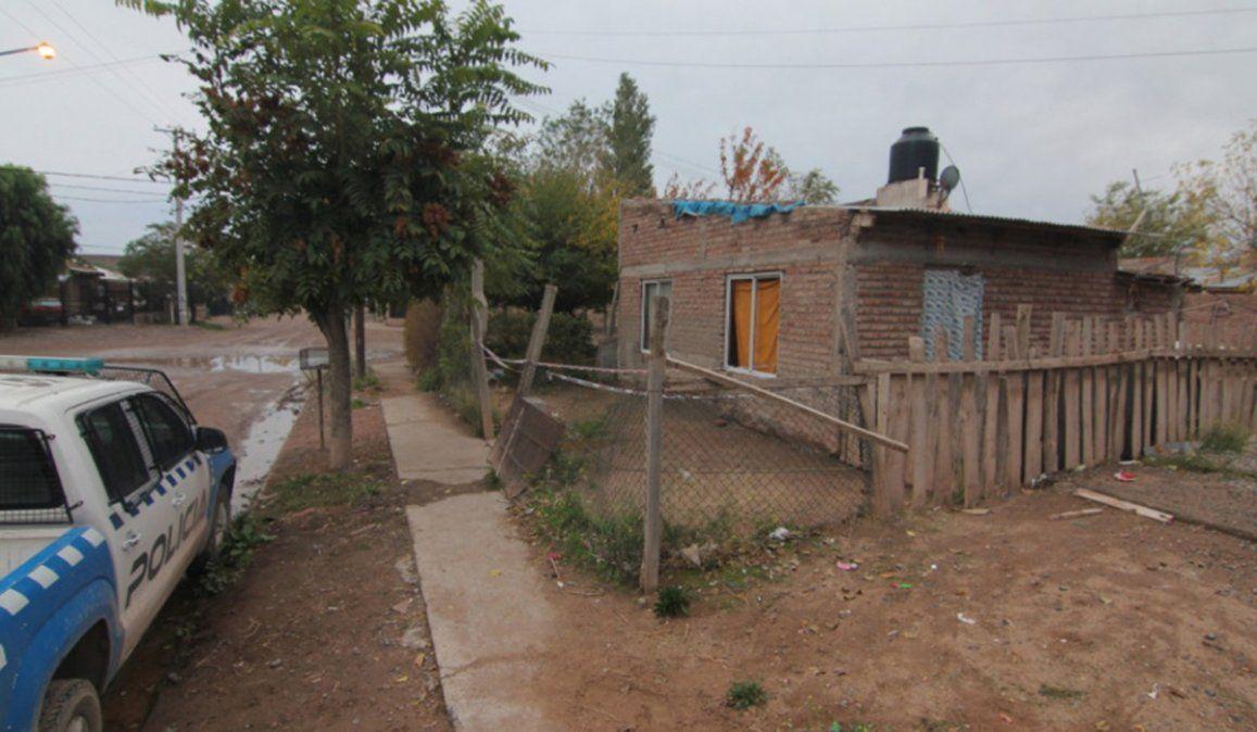 El femicidio de la mujer de 38 años ocurrió en una vivienda del barrio Trahun Hue de Centenario