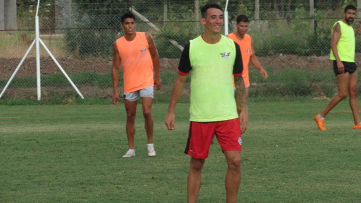 Francisco Agost aportará su cuota de gol en el ataque.