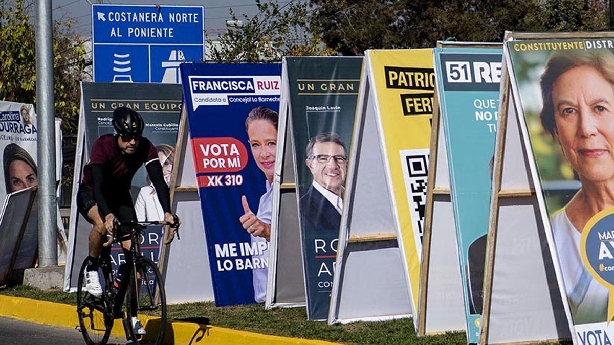 Dura derrota para los partidos tradicionales en Chile y baja participación de la ciudadanía.