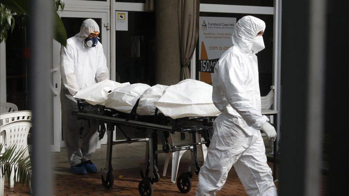 Funerarios piden ser vacunados