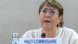 Bachelet pidió en Chile responsabilizar a violadores de derechos humanos
