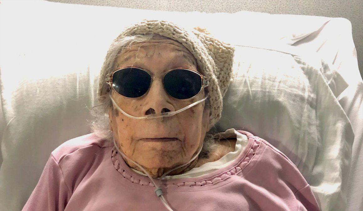 El secreto de Lucia DeClerck para vencer al Covid a los 105 años: dice que fueron sus pasas con ginebra