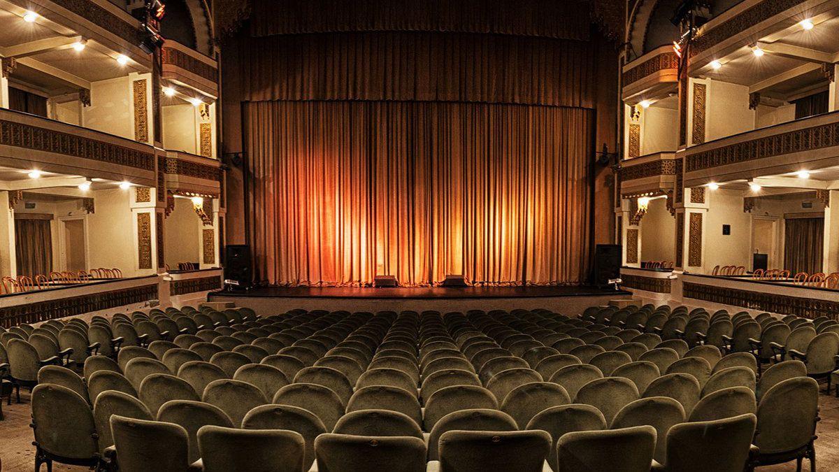 El teatro volverá y habrá temporada en Mar del Plata.