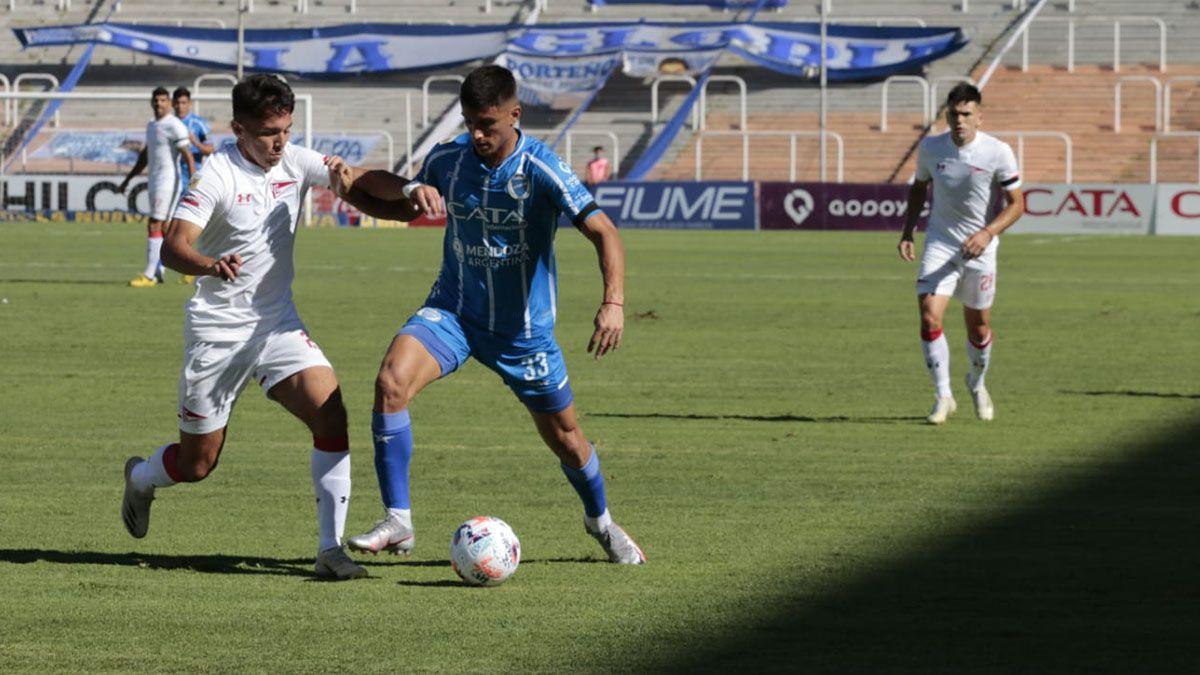 Ezequiel Bullaude será titular en el Tomba ante Platense.