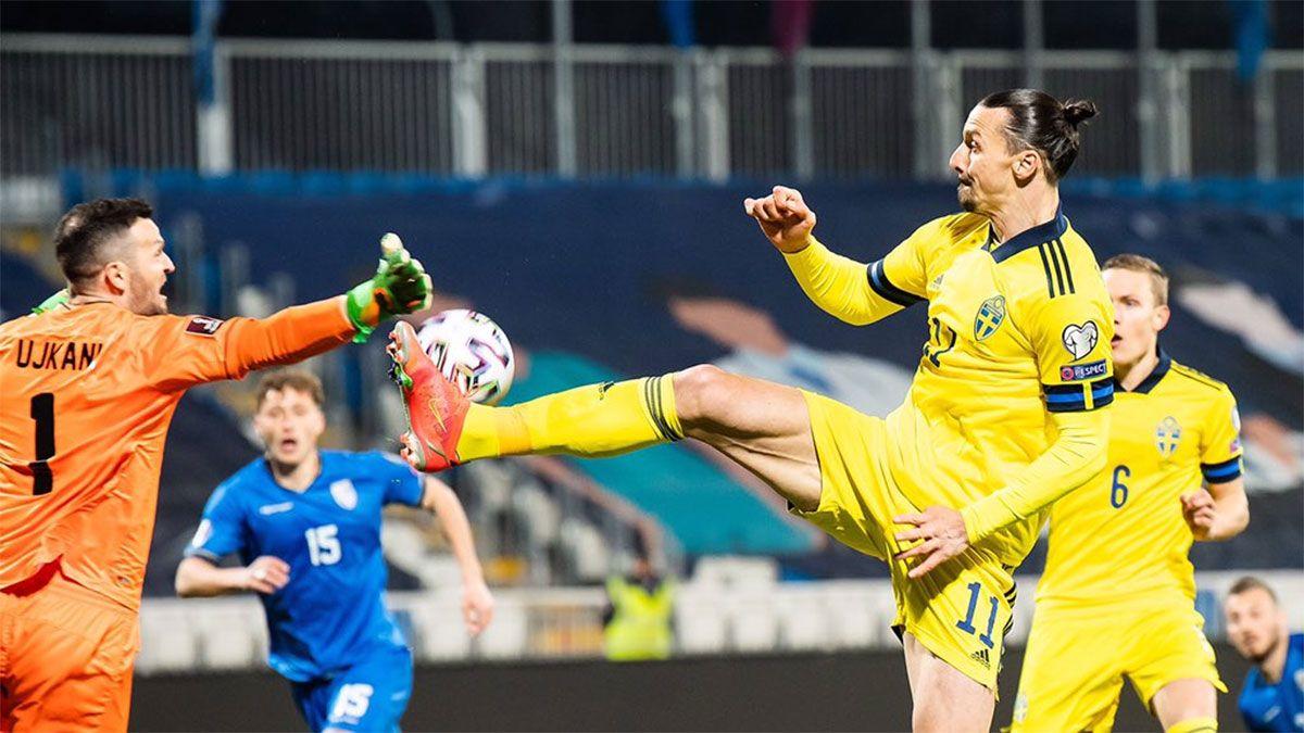 Zlatan Ibrahimovic y una asistencia a lo karateca en Suecia