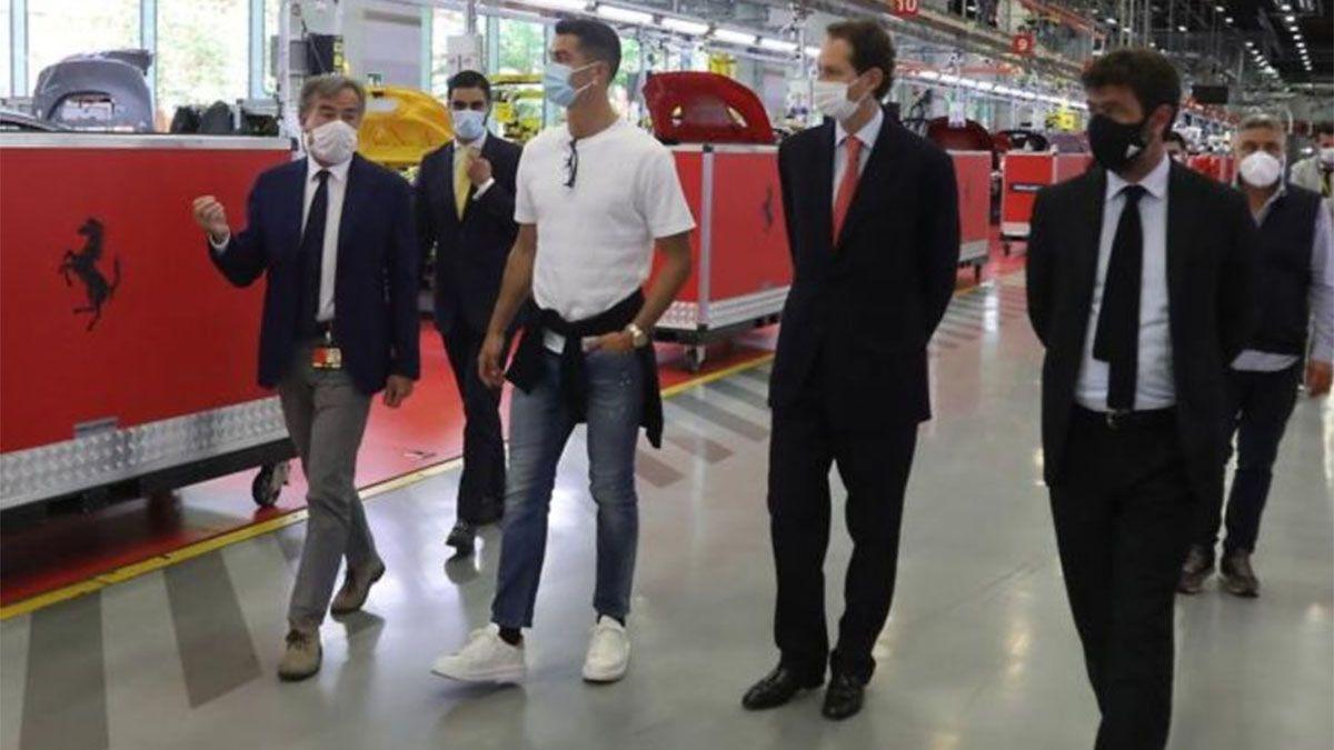 Cristiano Ronaldo se compró una Ferrari y hay calentura