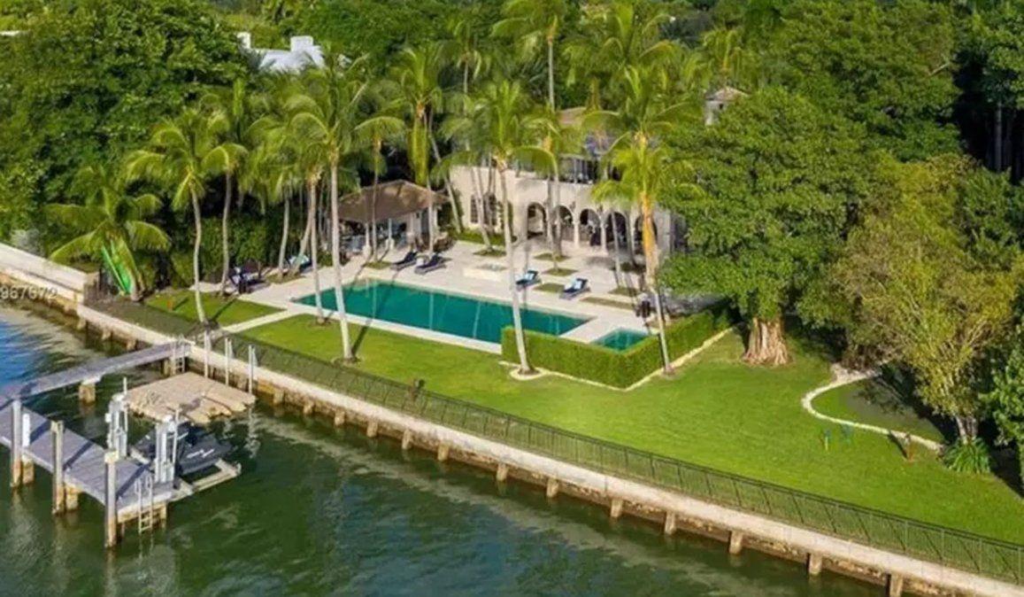 La imponente mansión de 40 millones de dólares que Phil Collins puso en venta