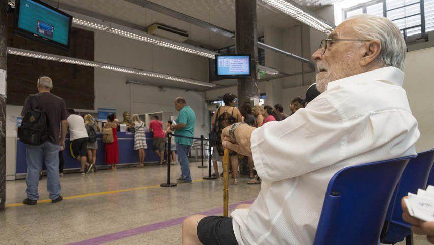 La ANSES confirmó una suma fija como aumento para los jubilados