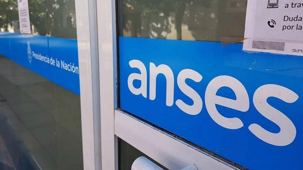 ANSES: bono para jubilados, pensionados, AUH, AUE y Prestación por desempleo