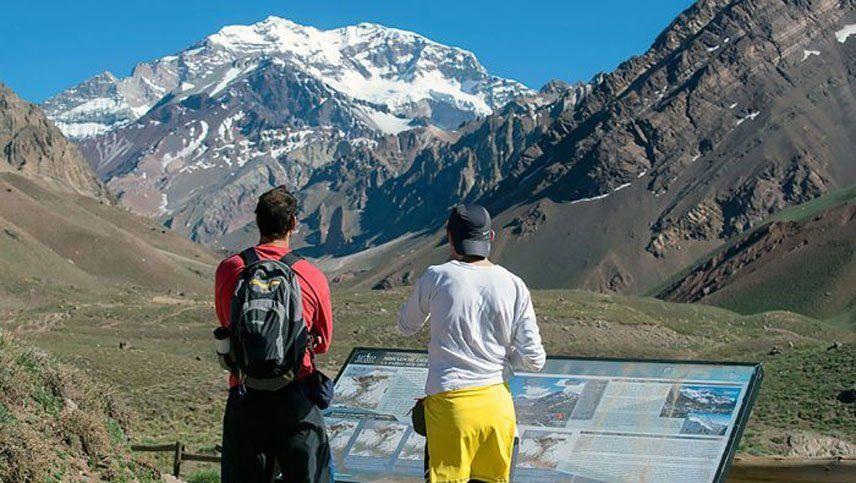 Sólo se ha permitido hasta ahora la apertura del Parque Aconcagua para el trikking corto -sin pernocte- entre Horcones y Confluencia