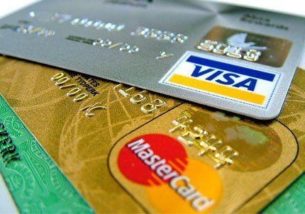 Los Bancos acordaron un aumento de 30% en las tarjetas de crédito