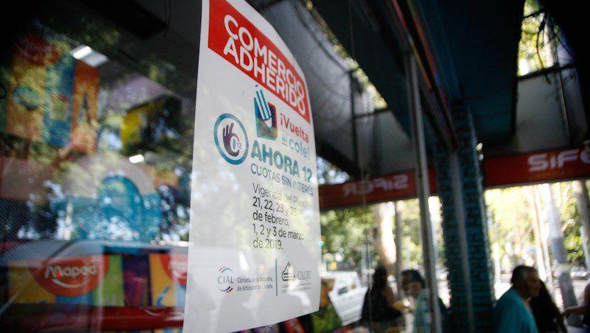 Las librerías apuestan a las cuotas sin interés para la venta de útiles