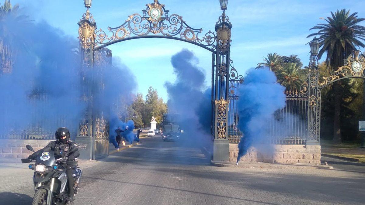 ¡Mendoza Azul! La Lepra tuvo una colorida despedida