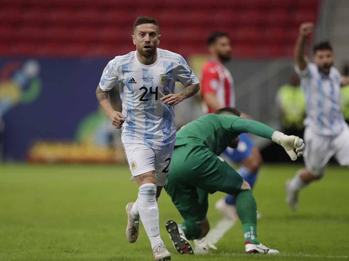 El Papu Gómez será titular en la Selección Argentina ante Bolivia.