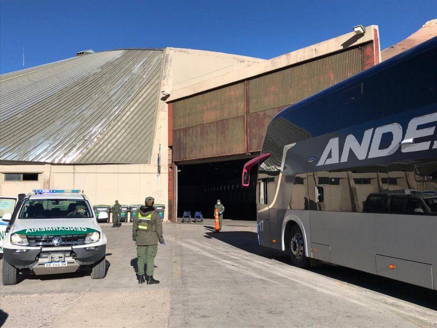 El gobernador Rodolfo Suarez quiere se vuelva a reabrir el paso Cristo Redentor para que puedan entrar los turistas que estén vacunados contra el coronavirus.
