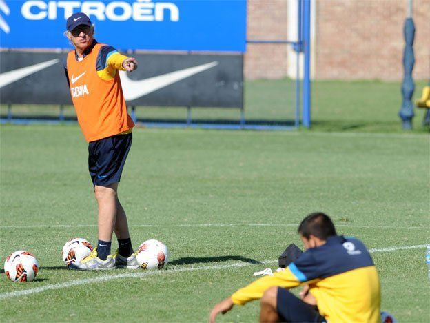 Bianchi no definió el equipo para enfrentar a Independiente