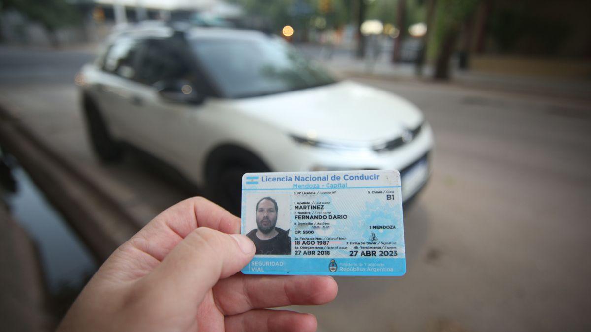 Las licencias de conducir con fecha de vencimiento hasta el 14 de febrero de 2021 podrán renovarse dentro de un año.