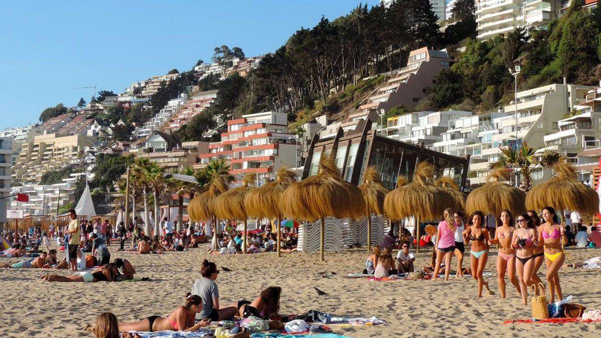 Verano 2021: Chile exigirá un PCR negativo a turistas para poder entrar al país